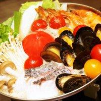 【ディナークーポン】ブイヤベース風鍋コース & 3種のトマトジュース飲み比べ ※2名様分