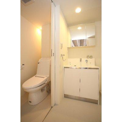 ●キャ●<銀行振込・現金支払で10%ポイント還元!>【オプション】トイレのおそうじ ※広さ5平米までの画像1