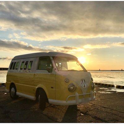 北海道釧路ワーゲンバスで沈む夕日を見ながらカウンセリング「パラリラ君夕日セッション」