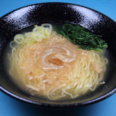 【気仙沼・岩手応援・1食×4箱】丸光製麺の黄金ラーメンふかひれ姿煮入