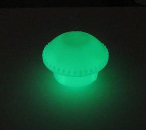 【なんと、光をため込むんです。】『自分で光る』蓄光単管キャップ D10-D16 今だけ送料無料