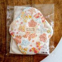オーガニックコットン100% 花柄 フラワー お肌にやさしい「 布ナプキン 」〜 ハンドメイド雑貨の Sucre&y 〜