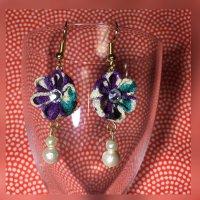 つまみ細工*お花のピアス(紫×水色)