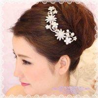 お花連なるヘアアクセサリー