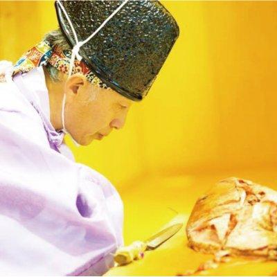 神鳳龍『能面をつけての包丁儀式』