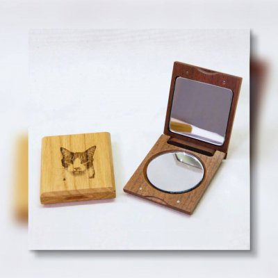 Kobito「愛する子どもやペットの写真を刻印!木のオリジナルコンパクトミラー」オーダー券