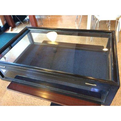 ハンドメイド委託販売 1ヵ月 ショーケース 一面のガラス窓が開放的な、吉祥寺6分の隠れ家カフェの画像1