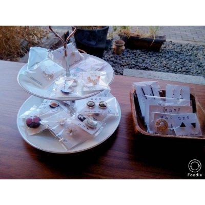 ハンドメイド委託販売 1ヵ月 お皿にのせて 一面のガラス窓が開放的な、吉祥寺6分のカフェ