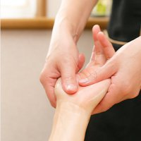 【1DAY  】高齢者向けハンドマッサージ/シニア・タッチセラピー講座